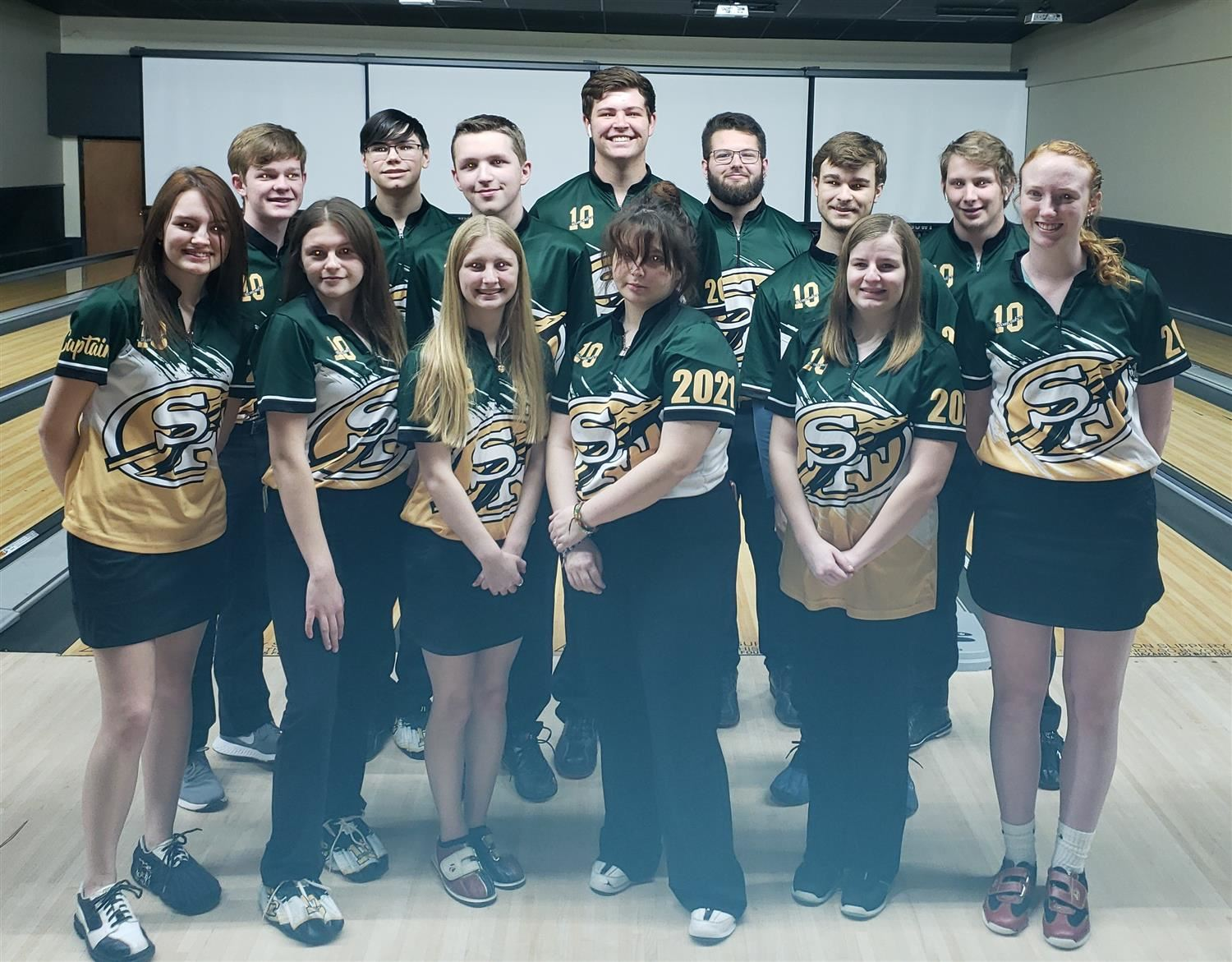 SFHS Boys and Girls Bowling Teams Headed to State